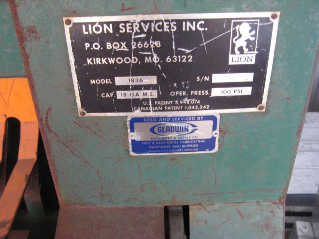 Lion 1836 Cleat Bender, Machine ID: 4905