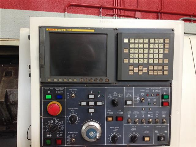 Superior Machinery :: Daewoo Puma 250B CNC Lathe - 4.jpg
