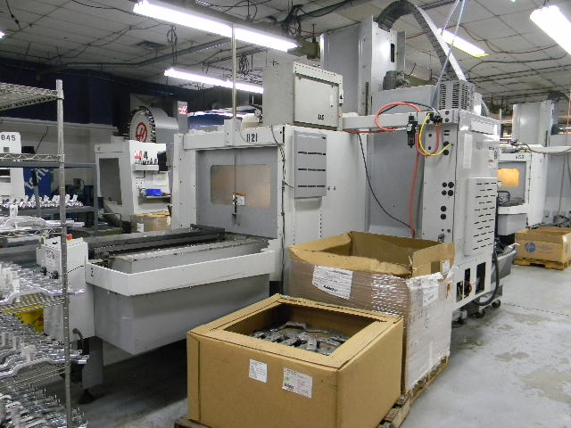 Machine 6398, Haas VF4SSAPC, Super Speed VF4, 2007, Pallet Shuttle, 12,000 RPM Spindle, 24 Pocket Side Mount Tool Changer, High Speed Tool Changer, Programmable Coolant Nozzle, Visual Quick Code Programming System